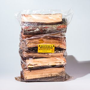 Braai Wood Range We supply only the driest doringhout, rooikrans, Kalahari and black wattle braai wood.